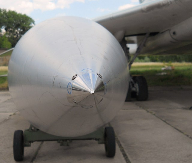 Vào năm 1967, MKB Raduga bắt đầu phát triển Kh-2000 như một vũ khí thay thế cho tên lửa chống hạm Kh-22 AS-4 Kitchen.