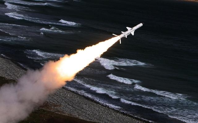 Bal-E là phiên bản xuất khẩu của tổ hợp tên lửa phòng thủ bờ biển Bal. Hệ thống tên lửa Bal-E được thiết kế để kiểm soát vùng duyên hải và khu vực eo biển; bảo vệ căn cứ hải quân; bảo vệ bờ biển trên những hướng đối phương có thể đổ bộ.