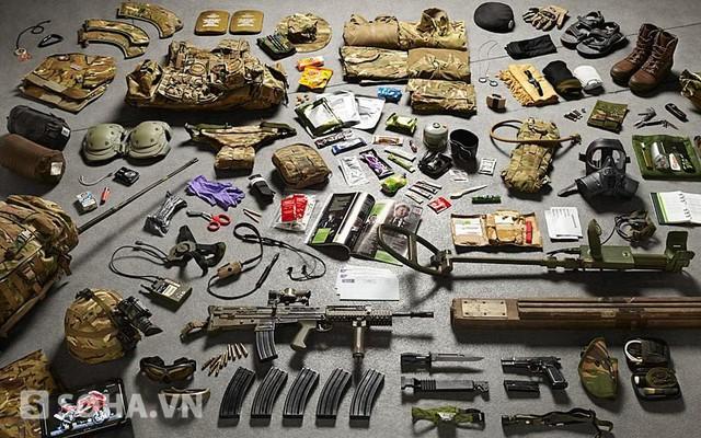 Trang bị của công binh Lục quân Hoàng gia Anh tại Afghanistan năm 2014.