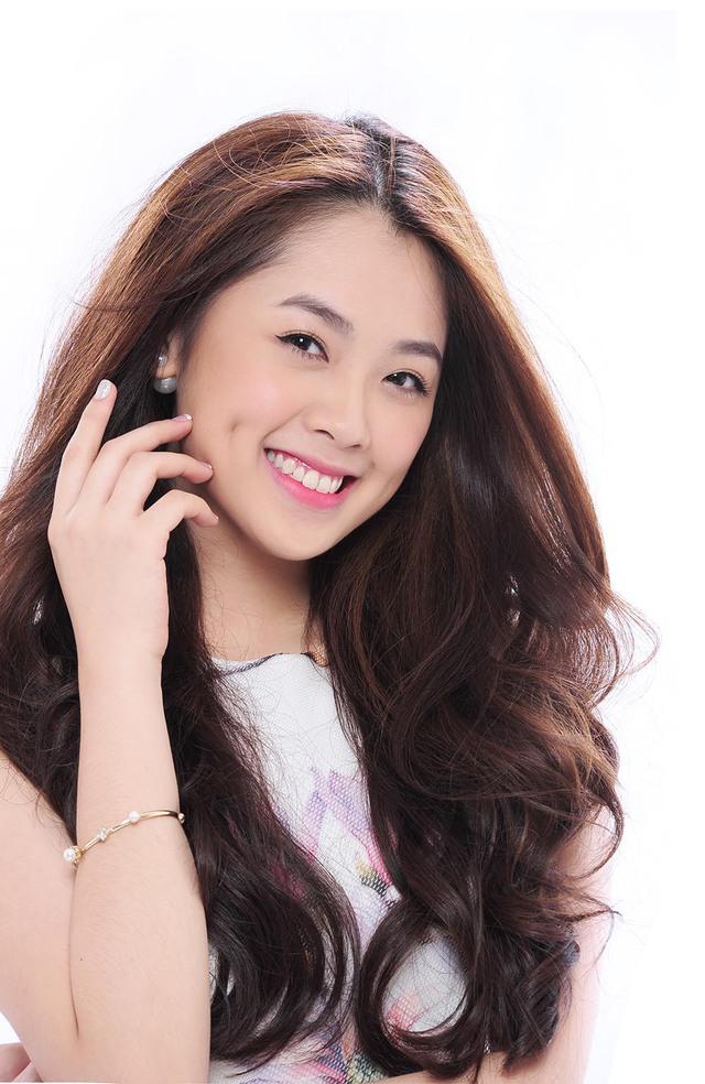 Crush On You là ca khúc nhạc sĩ Châu Đăng Khoa viết tặng riêng cho giọng hát của Khánh Tiên. Bản hit này được Khánh Tiên thực hiện theo 3 bản phối mang phong cách dance, acoustic, original.