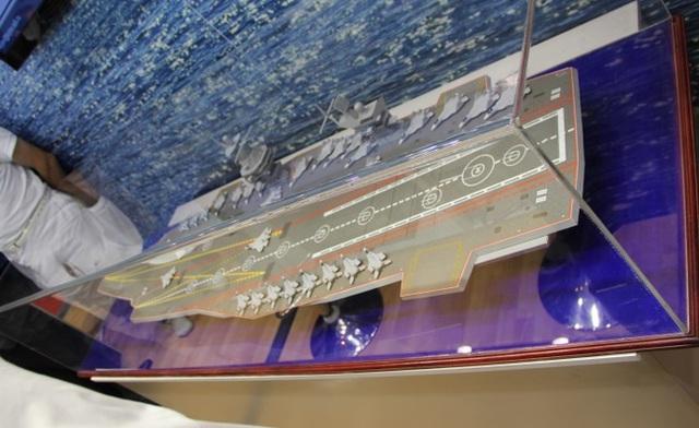 Mô hình được cho là tàu sân bay tương lai của Hải quân Nga.