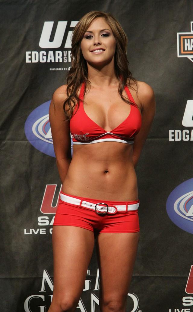Brittney Palmer là nàng Ring girl hấp dẫn bậc nhất của giải UFC