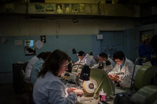 Xưởng chế biến hổ phách trong nhà máy Kaliningrad.