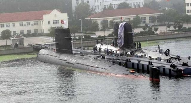 Tàu ngầm Trung Quốc đã cập cảng Pakistan vào năm nay và Sri Lanka trong năm ngoái. Ảnh: Reuters