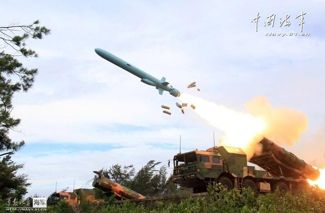 Hệ thống tên lửa phòng thủ bờ biển trang bị đạn tên lửa hành trình chống tàu tầm xa, tốc độ cận âm YJ-62 (hay còn gọi là C-602). Theo nguồn tin này, YJ-62 nặng 1,24 tấn, dài 6,1m, đường kính thân 0,54m, lắp đầu đạn thuốc nổ nặng 300kg. Đạn tên lửa trang bị động cơ tuốc bin phản lực nhiên liệu lỏng cho phép đạt tốc độ tối đa Mach 0,9, tầm bắn hơn 400km.