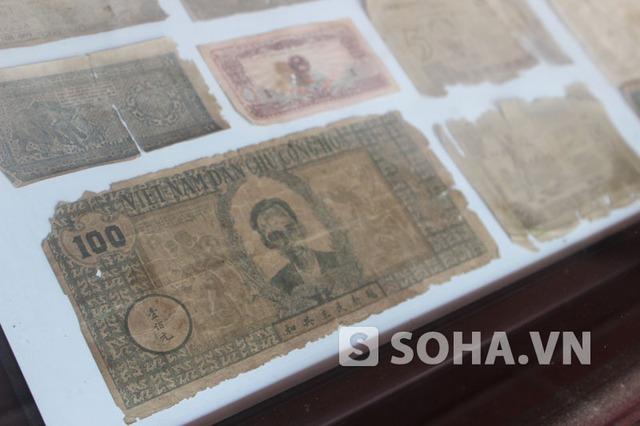 Mặt trước tờ tiền loại 100 đồng của nước Việt Nam dân chủ cộng hòa.
