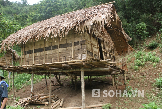 Lán trại anh Lo Văn Thọ, nơi xảy ra xô xát dẫn đến vụ án mạng.