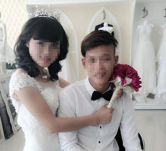 Ảnh cưới của cô dâu T. 14 tuổi và chú rể V. - con trai Phó Chủ tịch xã Hương Quang (Vũ Quang, Hà Tĩnh).