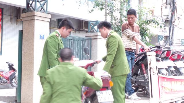 Lực lượng chức năng đã tạm giữ 12 chiếc xe máy cảu các đối tượng
