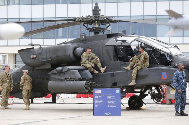 Trực thăng vũ trang AH-64D của Lục quân Mỹ.