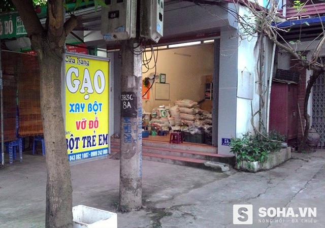 Một đại lý chuyên bán gạo dược liệu ở Hà Nội (ảnh: Tuệ Chiến)