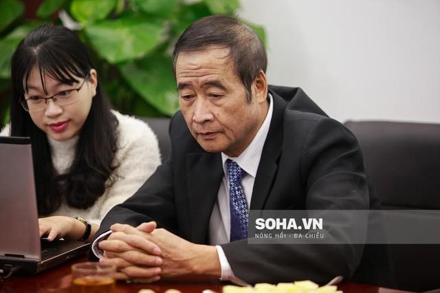 Lương y Nguyễn Hữu Khai trả lời giao lưu trực tuyến.