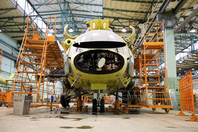 Hiện nay, sản phẩm chủ lực của nhà máy vẫn là dòng trực thăng vận tải hạng trung Mi-8/17. Đặc biệt, biến thể Mi-17V-5 đang được nhà máy quảng bá rộng rãi.