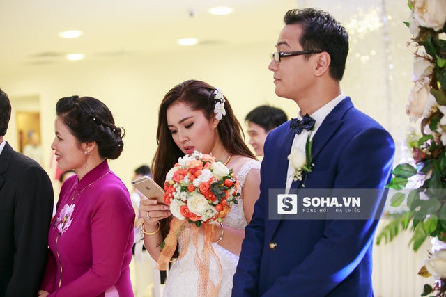 Trước giờ diễn ra lễ cưới chính thức, Bảo Trâm khá bận rộn để cảm ơn lời chúc phúc của bạn bè, đồng nghiệp.