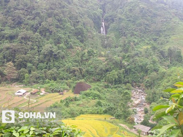 Từ trung tâm xã Tân Lập vào với các thôn bản thường có nhiều khe suối ngăn cách đường đi