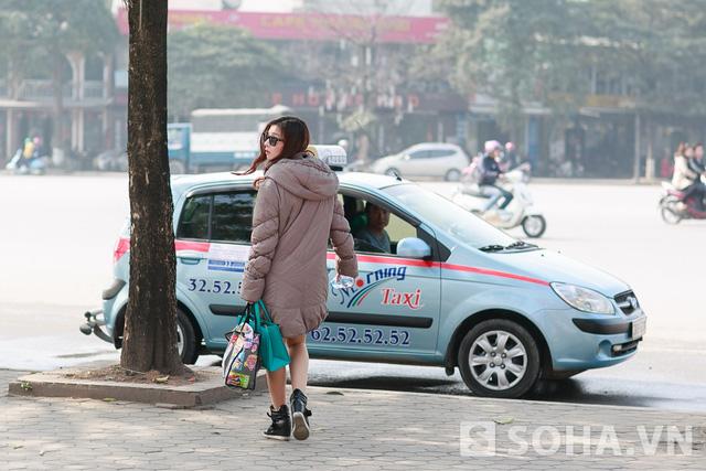 Kết thúc chương trình buổi sáng cũng là lúc Lưu Kỳ Hương hối hả ra về để chuẩn bị bữa cơm trưa. Chị cho biết: Mình luôn tự nấu và ăn trưa ở nhà, để có thêm thời gian ở bên con trai.
