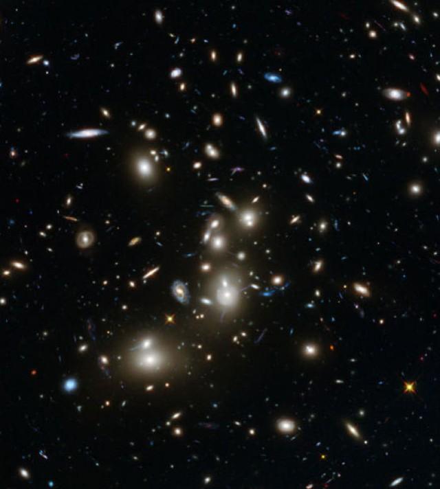 Vũ trụ rộng lớn luôn khiến chúng ta bé nhỏ