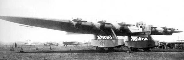 Kalinin K-7 chuẩn bị cho chuyến bay thử nghiệm