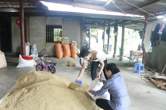Chàng nam sinh Mai Trần Lâm lớn lên ở vùng quê nghèo, có tuổi thơ cơ cực.