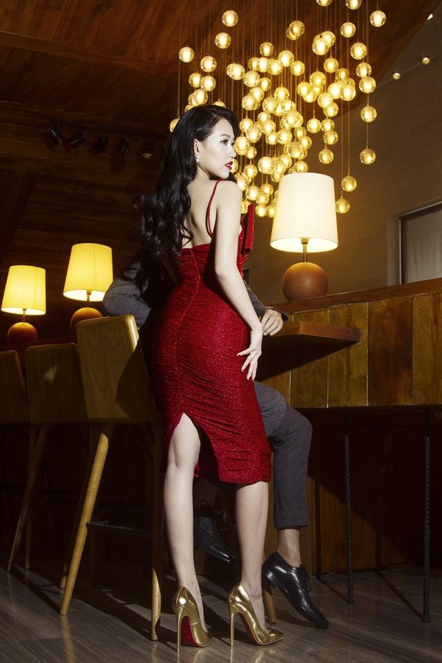 Hiện tại, cô khá thành công trong việc kinh doanh và sở hữu 2 cửa hàng thời trang ở Sài Gòn.