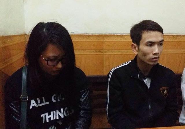 Khai nhận ban đầu, nam thanh niên cho biết tên là Đàm Văn Thiệu (SN 1987) ở Minh Khai, Hà Nội và Bùi Thị Kim Oanh (SN 1985) ở Ninh Giang, Hải Dương.