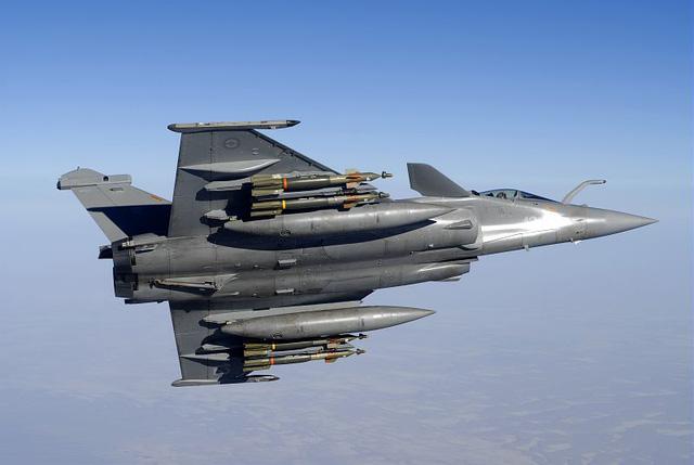 Ấn Độ đã quyết định đặt mua 36 tiêm kích đa năng Rafale của Pháp