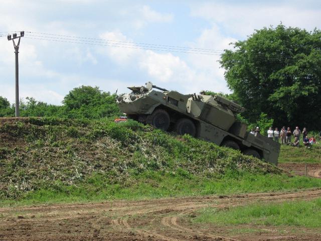 Hệ thống tên lửa - pháo phòng không tự hành STROP II.