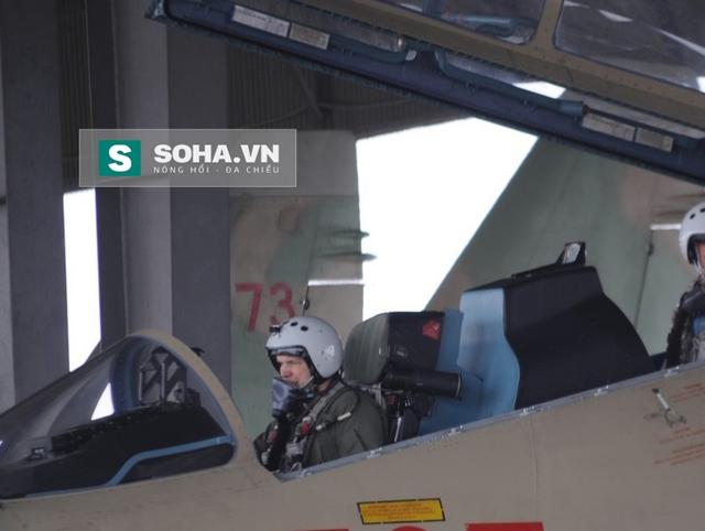 Sergei Bogdan - phi công thử nghiệm số 1 của Nga hiện nay đã có mặt tại Việt Nam.