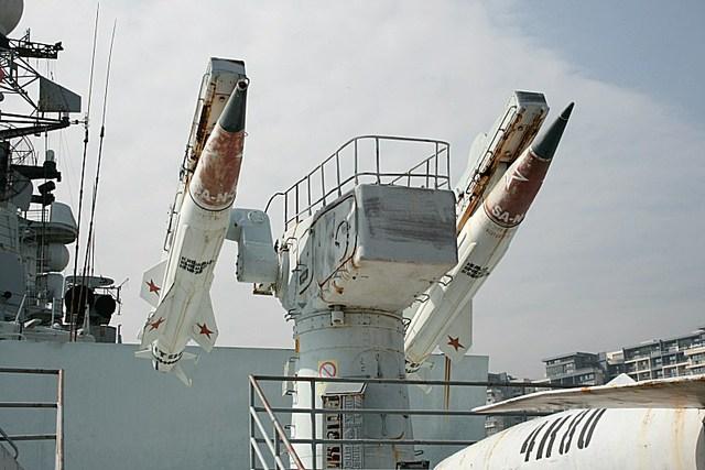 Hệ thống phòng không hạm tàu SA-N-4 (phiên bản hải quân của 9K33)