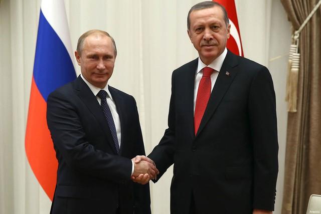 Quan hệ Nga-Thổ đang có chiều hướng xấu đi trong thời gian qua. Ảnh: AP