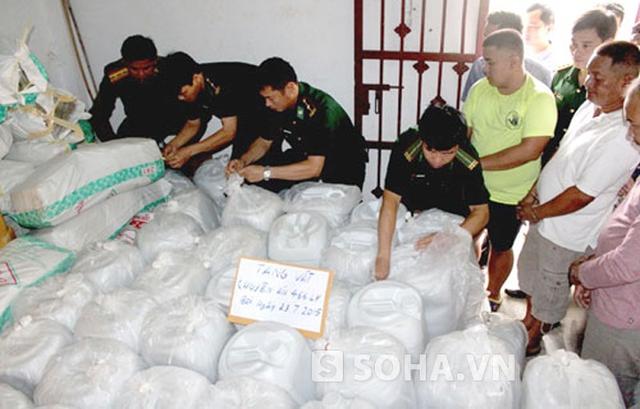 Tang vật thu được là 5,5 tấn ma túy.Lực lượng chức năng phải dùng 1 kho lớn mới chứa hết.
