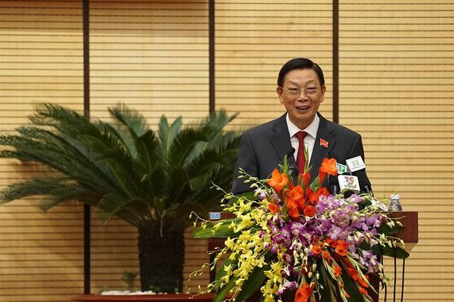 Ông Nguyễn Thế Thảo phát biểu trước HĐND Thành phố trước khi được miễn nhiệm tại phiên bế mạc kỳ họp thứ 14.