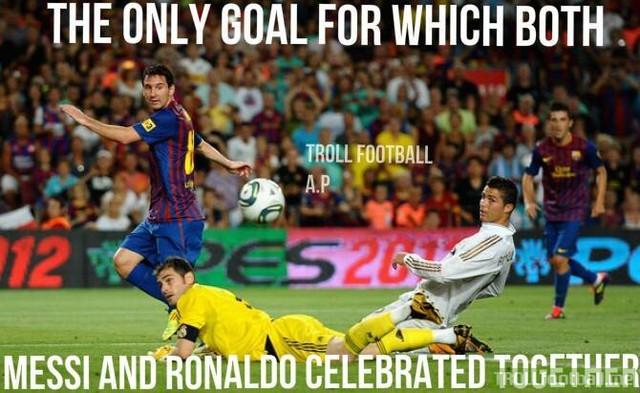 Bàn thắng hiếm hoi cả Messi và Ronaldo ăn mừng