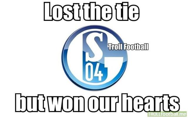Schalke 04 dũng cảm đã chinh phục NHM sau trận đấu với Real