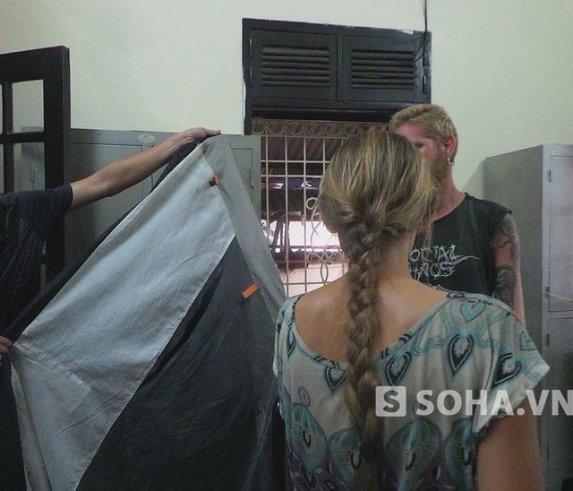 Anh Tautvydas Urbelis  và bạn gái đã rời khỏi địa bàn Hà Nội.