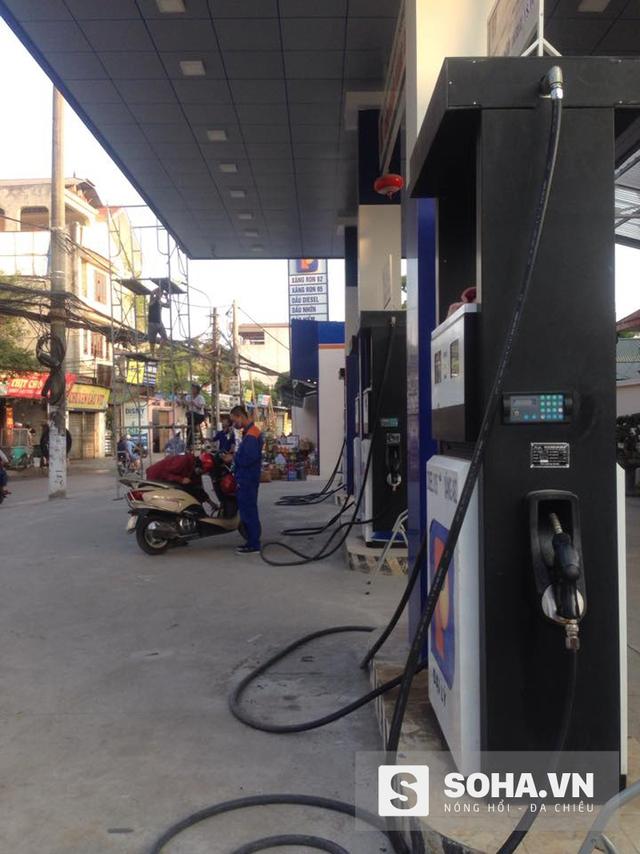 Cửa hàng xăng dầu nơi xảy ra sự việc (Ảnh chụp chiều 28/10)