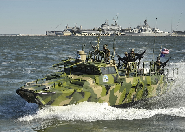 Đây thực chất là phiên bản dành riêng cho Hải quân Mỹ từ mẫu xuồng tấn công cao tốc CB90 của Thụy Điển.