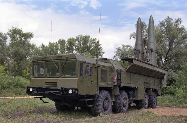 Tên lửa đất đối đất tầm ngắn Iskander của Nga.