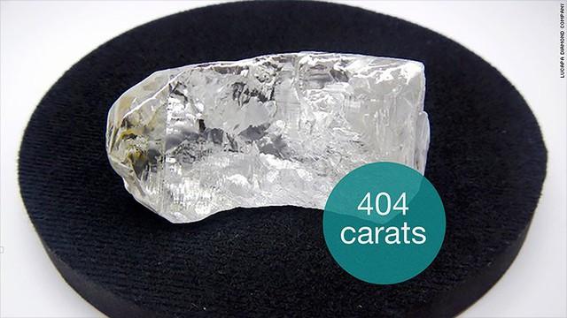 Viên kim cương không màu