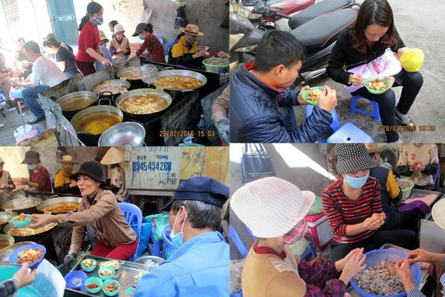 Với diện tích chưa đầy 7m2, quán bánh rán của chị Nguyễn Thị Mai Hoa (Tây Hồ, Hà Nội) là địa chỉ là dân sành ăn tìm đến vào mỗi lúc rảnh rỗi. Mỗi ngày quán bán được khoảng 1.000 chiếc bánh rán với giá 7.000 đồng/chiếc. Ảnh: Vietnamnet.
