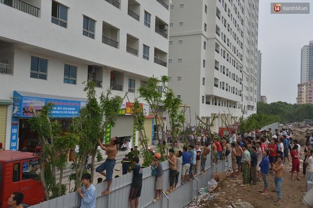 Chùm ảnh: Dở khóc dở cười cảnh nhiệt tình hóng biến của người Việt - Ảnh 10.