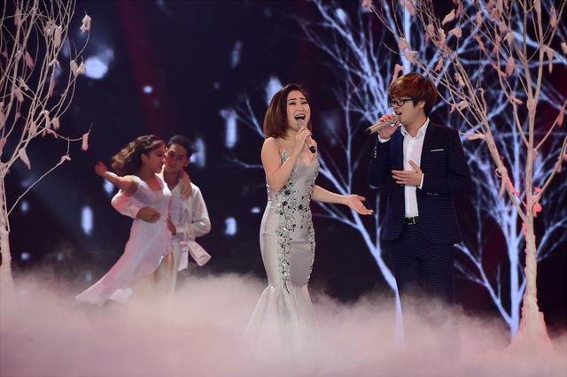Cặp đôi Hương Tràm và Bùi Anh Tuấn còn lần đầu tiên đứng chung tại sân khấu The Remix và kết hợp ăn ý qua ca khúc Gọi anh được phối theo thể loại Trance.