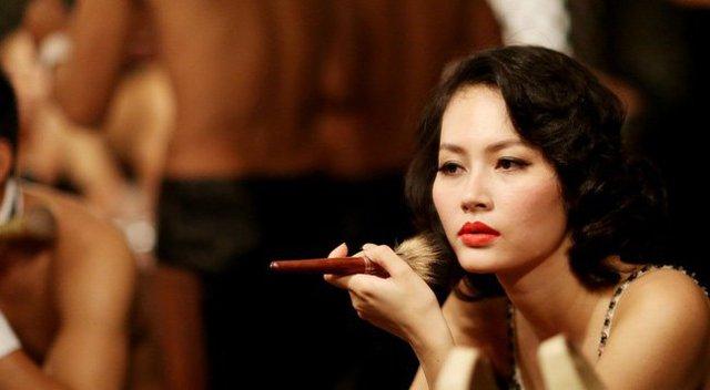 Một nữ hoàng cảnh nóng khác của điện ảnh Việt khác là nữ diễn viên Đỗ Thị Hải Yến