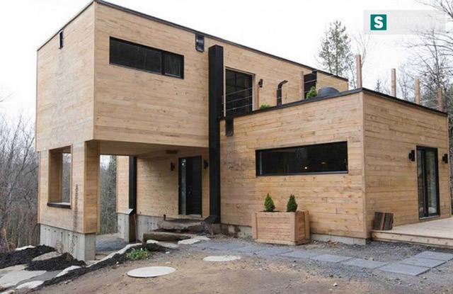 Nhưng nếu nhìn từ ngoài vào, liệu có ai không đồng ý rằng, đây là 1 ngôi nhà quá đẹp, hiện đại?