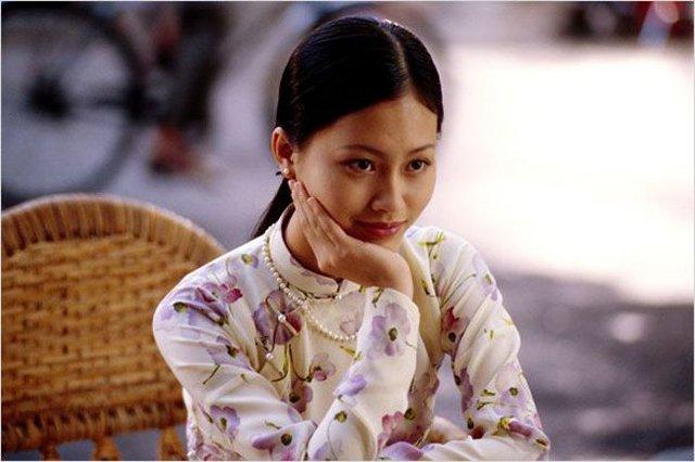 Cô được biết đến với những vai diễn trong các bộ phim Vũ khúc con cò, Người Mỹ trầm lặng, Chuyện của Pao, Cánh đồng bất tận…