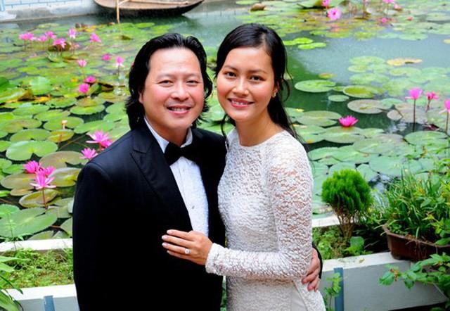 Nụ cười viên mãn của Đỗ Thị Hải Yến trong đám cưới lần thứ 2 với doanh nhân Calvin Tài Lâm.
