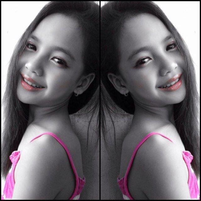 Với đôi mắt đẹp và có hồn, được khen ngợi xinh đẹp từ bé.
