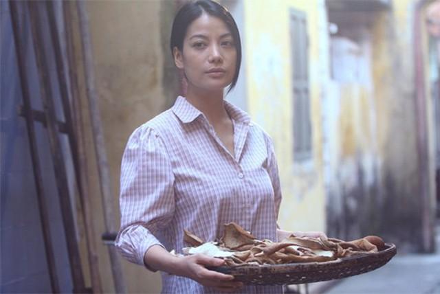 Trương Ngọc Ánh cũng là một trong số ít các nữ diễn viên không ngần ngại cởi đồ và đóng những cảnh nóng phục vụ cho phim.