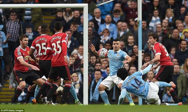 Tỉ số 1-0 nghiêng về Man United được giữ vững cho đến hết trận. Quỷ đỏ vẫn đứng thứ 6 nhưng chỉ còn kém Man City vỏn vẹn 1 điểm. Cơ hội lọt vào top 4 lại mở ra.