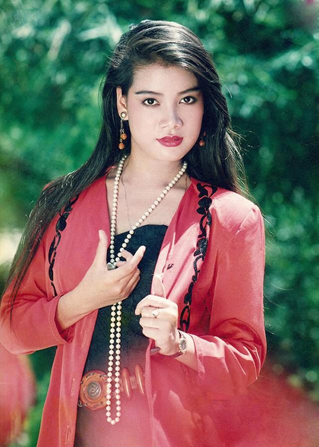 Những hình ảnh tuổi trẻ đầy sức sống của nữ diễn viên.